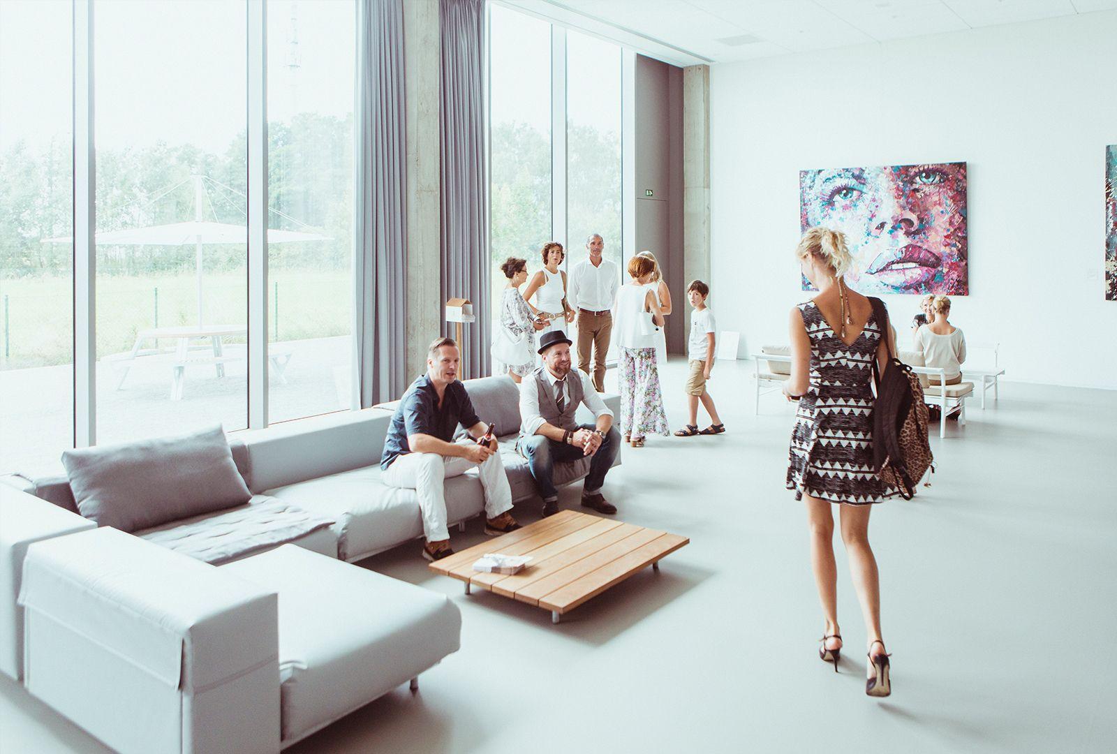 Pop-up-Kunstgalerie Distance