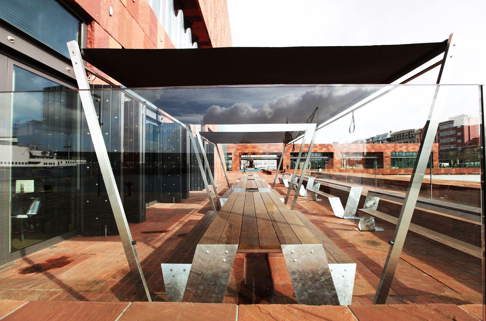 En terrasse au café du musée MAS d'Anvers